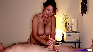 Oily Body Rub By Marvelous MILF