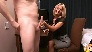 Video Of Secretary Tia Layne Sucking A Stiff Dick Of Her Boss