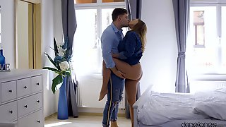Standing Sex Is Part Of The Program During Hot Fuck For Josephine Jackson