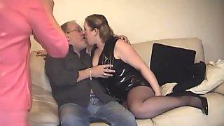 British F M TV In Threesome Action