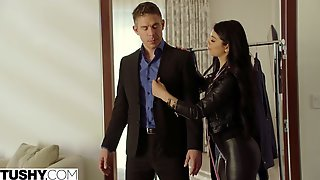 Beautiful Anal In The Doggy Style With A Hot Teen Gina Valentina