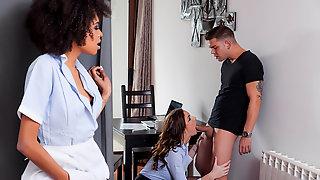 Horny White Couple Enjoying Threesome With Ebony Babe