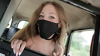 Loose Mask & Tight Pussy In XXX FakeTaxi!
