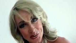 Tgirl Joanne J Wants You