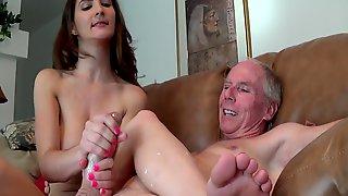 Molly Janes Big Tits Rule!!!