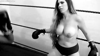 Heavyweight Bout - SAM VS SEPTEMBER Lesbian Boxing