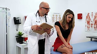 Pussy Exam Of Athena Faris Is Turned Into Wild Sex With Turned On Doctor