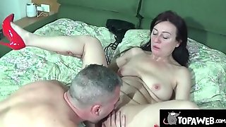Mature Woman Is Licked And Shagged In This Homemade Sex Video
