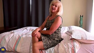 British Mature Woman Giver JOI While Undressing And Playing With Herself