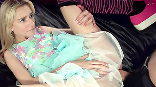 Blonde Teen Has All She Can Handle With This Large Shaft