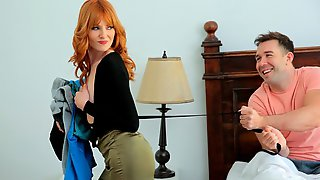 Redhead Teen Lacy Lennon Likes Hard Sex In The Doggy Style Pose