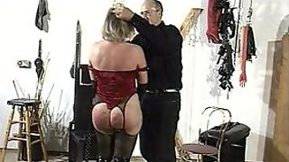 Kinky Master Plays With That Submissive MILF In BDSM Dungeon