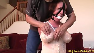 Kinky Pepper Wants To Get Tied