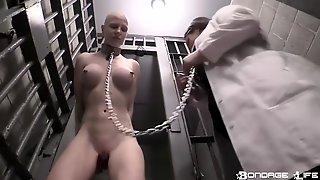 Kinky Lesdom Porn Video - Naked Slave Girl