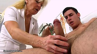 Older Golden-haired Doctor, Renata Is Using Each Opportunity To Play With A Emo Hard Meat Stick