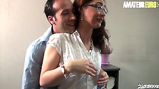 LA COCHONNE French Mother Id Like To Fuck Julia Gomez Tries Anal At The Office