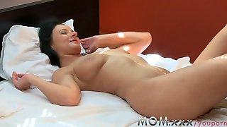 MAMMA Lesbo MILF%27s Having Orgasms
