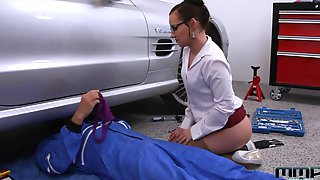 Czech Milf Wendy Moon Seduces Handsome Mechanic Sitting On His Cock