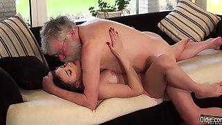 Old Porn Teen Girlfriend Sucks Grandpa Cock Makes Him Cum Hard 10 Min
