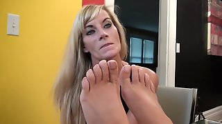 Mature Worship Feet With 18 Years Old