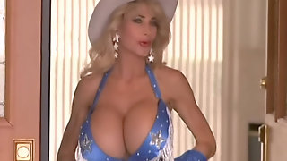 Russ Meyers Pandora Peaks RE-EDITED FOR FAPPING