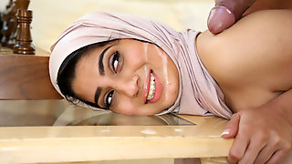 DAGFS - Nadia Ali Shows What Her Culture Has To Offer