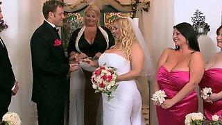 Cougar Porn Samantha Gets Hitched, Curvy