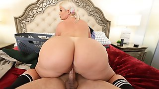REALITY KINGS: Sex Crazed Julie Cash Gets Fucked On PornHD