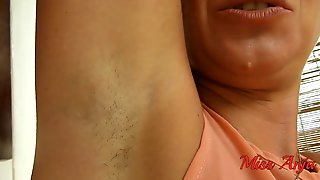 HD UNSHAVED ARMPITS And WETTING SHORT JEANS OUTDOOR POV - MissAnja