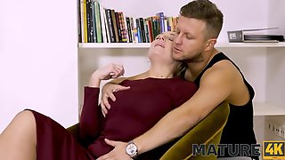 MATURE4K Pale-skinned Aged Woman Shows Undressed Body During The Time That Being Bonked