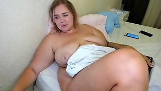 Super-hot Plumper Nymph Masturbate On Webcamera Stream Record 07.06