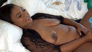 Voluptuous Black Lady Looks Amazing While Masturbating