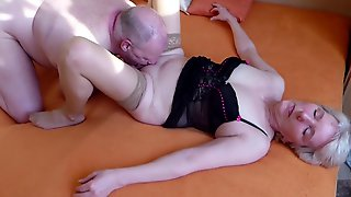 Stranger Cums Deep Inside My Wife With My Cock In His Mouth