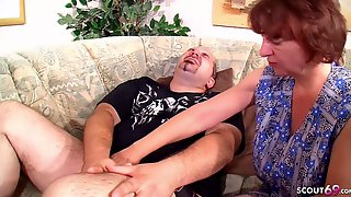 FAT GUY CATCH CHEATING MATURE MAID - GERMAN WIFE JOIN FFM