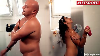 Hornyhostel - Small Brunette Mexican Frida Sante Bangs Her Bff Full Episode