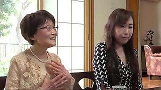 Japanese Mom, Asian
