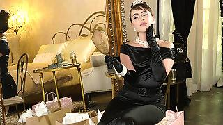 Noble Lady Jenna Sativa Caresses Her Body
