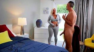 Mind-boggling Blonde Julie Cash Finds Desired Dick To Fuck Her
