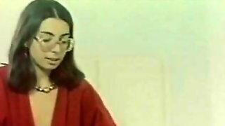 Greek Porno Idonikes Diastrofes (1983)
