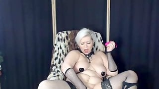 Hot Private Show Of Curvy MILF With Glasses)) Fuck This Bitch In All Her Holes! Cool Selling Whore!