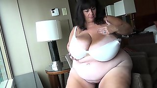 One And Ginger Milf Porn Suzie Q - Mother Natural, Mega Boobs