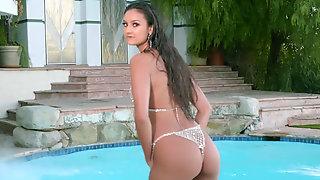 Great Masturbation From Petite Brunette Eliza Ibarra Near Pool