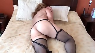 Aunt And Her Maid, Very Slutty, Ask For Penis In The Butt