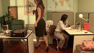Lesbian Office Seductions 7 01