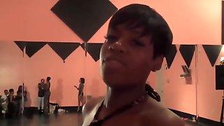 Kandi Of The Real Housewives Of Atlanta Fantasia Booty Poppin