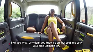 Aroused Lola Marie Got Fucked In The Back Of The Taxi And Liked It A Lot