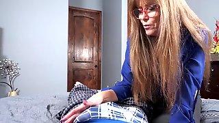 Lascivious Granny Darla Crane Screws Man In The Bathtub