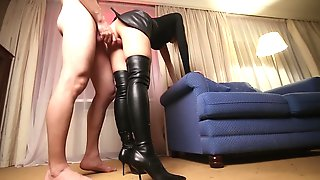 DOUBLE CREAMPIE For A Hottie In Leather Petticoat