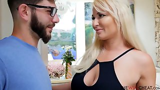 That Babe Will Cheat  London River Breasty Blond Mother Id Like To Fuck Bangs Her Hung Stepson Night In Front Of His Cuckold Daddy (10-07-2020)