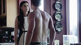 Concupiscent And Hawt Stepmom India Summer Seduces And Screws Her Stepsons Hard Youthful Dick